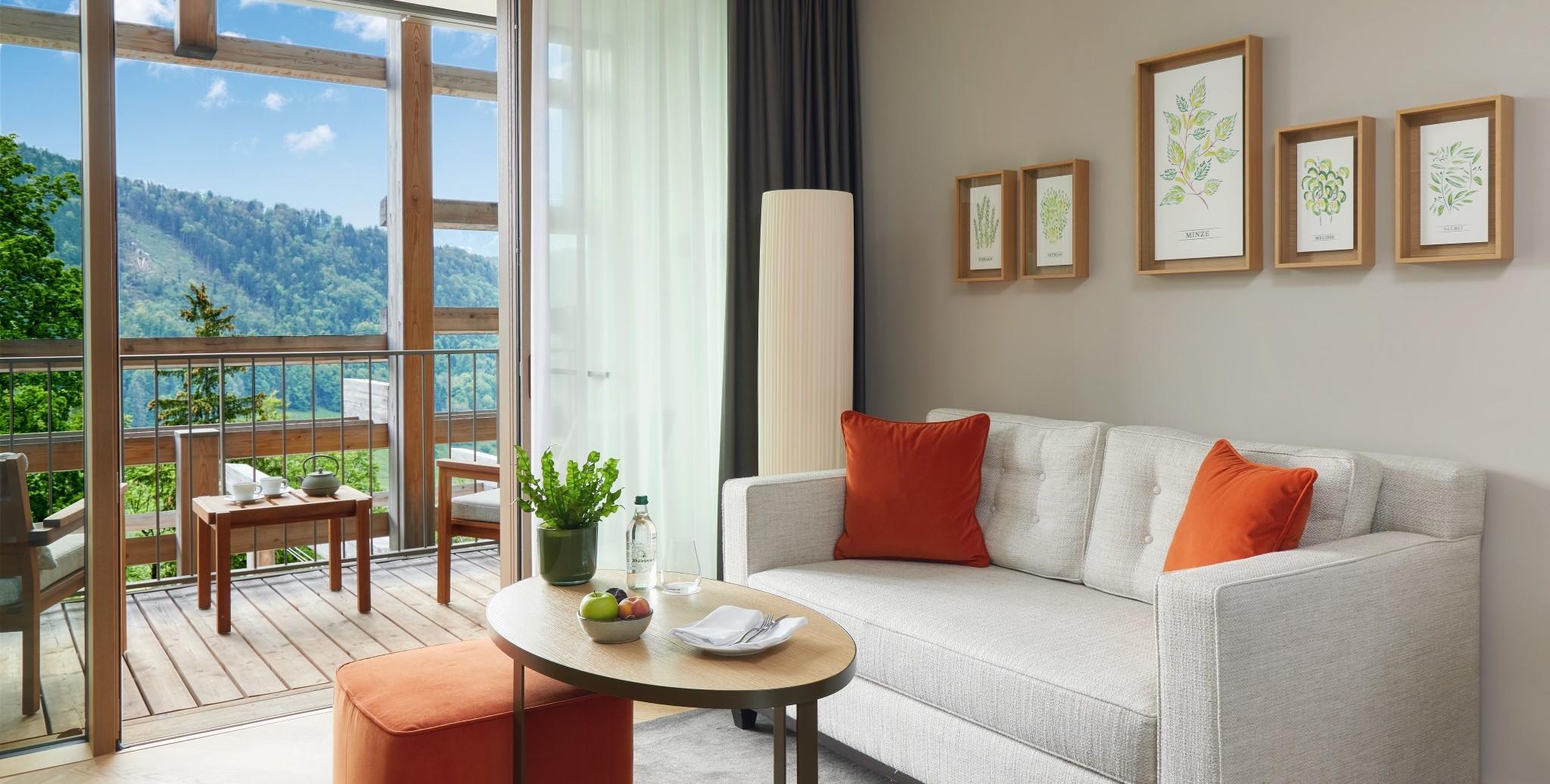Waldhotel Deluxe Zimmer mit Sonnenbalkon